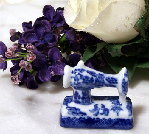 Blue Willow Porcelain Mini Sewing Machine