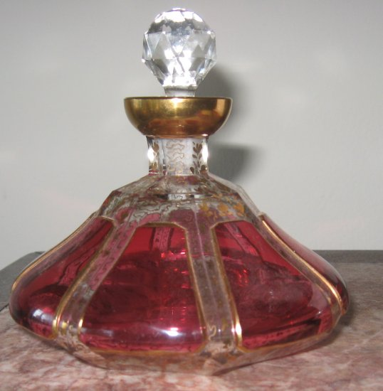 Gorgeous cranberry Moser cabichon Perfume Bottle
