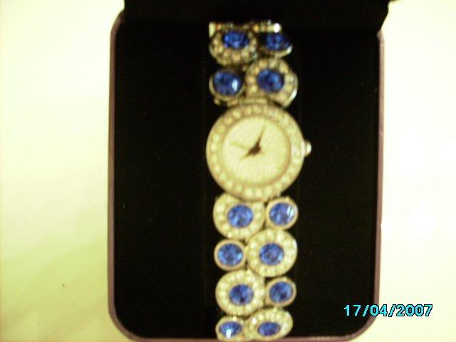 Ladies fancy wrist watch