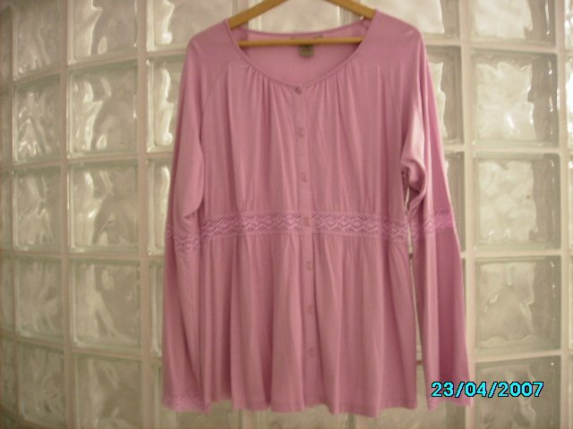 Ladies casual knit top