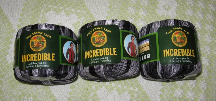 "$18 Lot--3 Skeins Lion Brand Incredible ""Accent on Black"" Yarn + Free Gift!"