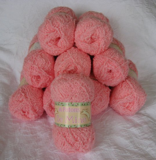 """$50 Lot--10 Skeins Patons Be Mine """"Furry Rose"""" Yarn + Free Gift!"""