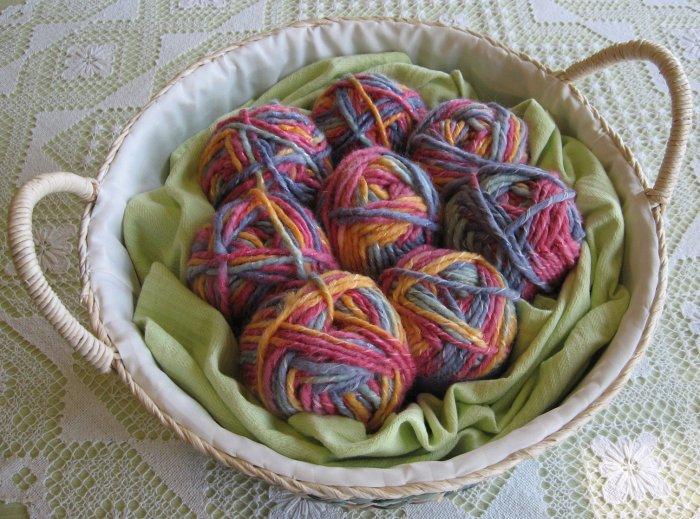 "$53 Lot--8 Skeins Yarn Bee Mosaic Twist ""Fruity"" Yarn + Free Gift!"