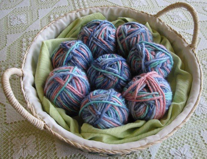"$53 Lot--8 Skeins Yarn Bee Mosaic Twist ""Dahlia"" Yarn + Free Gift!"
