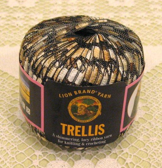 lion brand trellis champagne yarn 1 skein 3