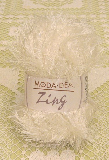 "Moda Dea Zing ""Pearl"" Yarn ~ 1 Skein ~ $1.75"