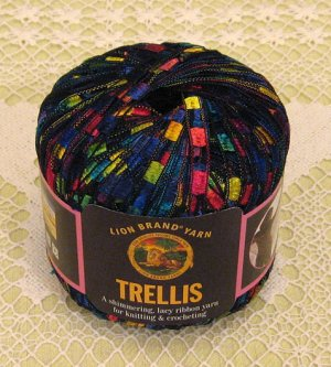 Ravelry: Crochet Bib Necklace aka Trellis Necklace pattern
