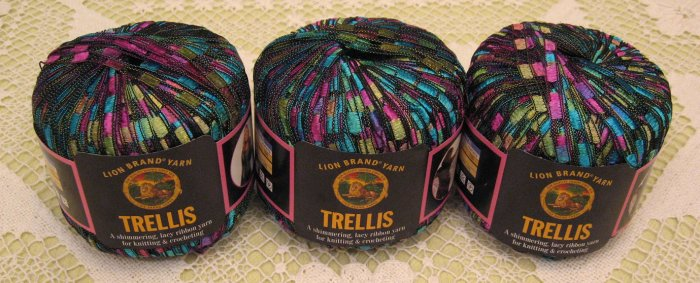 18 lot 3 skeins lion brand trellis stained glass yarn free gift