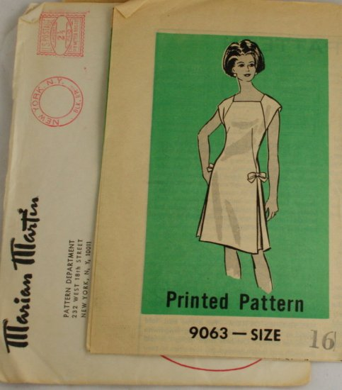 1965/7-Side Pleat Dress Mail Order Marian Martin 9063- SZ16
