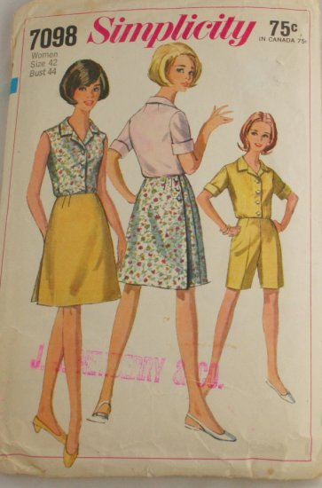 Wrap Skirt/Short/Blouse SZ 42