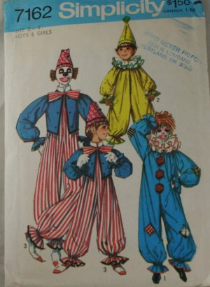 1975 Clown Costume-Simplicity 7162 sz 2-4