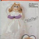 Vogue 8472 Miss Piggy Christmas Ornament Craft Pattern