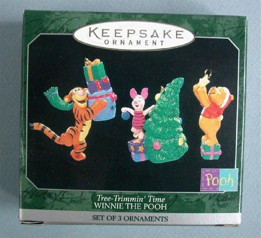 1998 Hallmark Ornament Miniature Winnie Pooh Tree Trimming