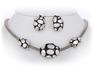 Black & Silver John Hardy Look Necklace Set