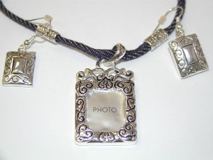 Photo Jean Necklace and earring set