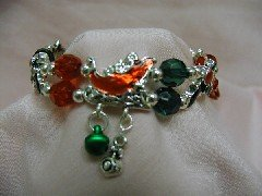 Christmas Bracelet - Stretch Linked - Red & Green with Sleigh