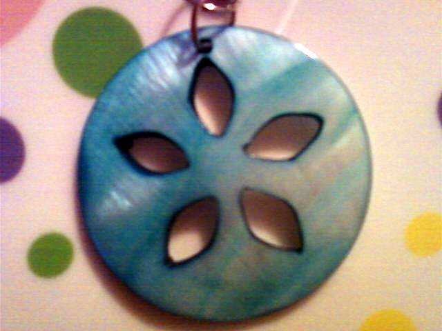 Large Turquoise Mother of Pearl Flower Necklace.