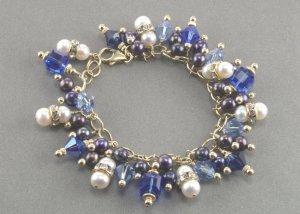 Swarovski Crystal and Freshwater Pearl Bracelet