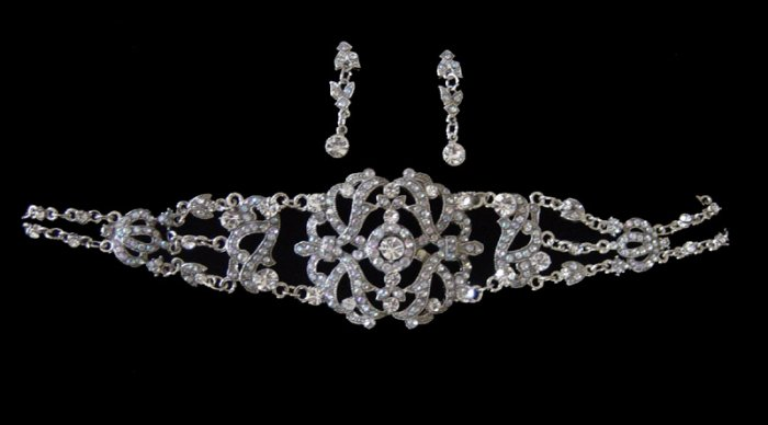 Austrain Crystal Rhinestone Victorian Choker Necklace & Earrings Set