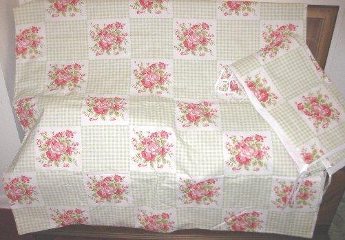 Green Gingham Floral 2pc Nursery Set