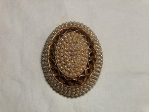 Har Seedpearl Brooch
