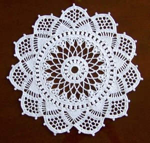tablecloth, PDF crochet pattern, Cathedral Windows No 665