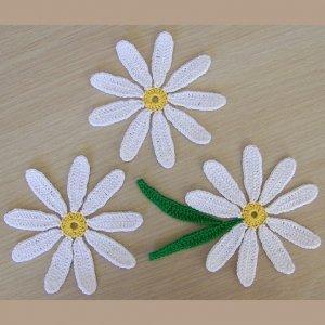 Daisy appliques (set of 3)