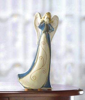 HOMESPUN PORCELAIN ANGEL FIG---Item #: 38080