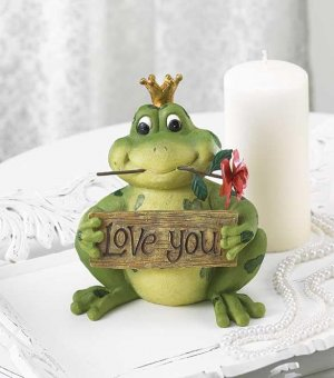 LOVE YOU FROG PRINCE FIGURINE---Item #: 38445