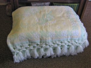 Soft Yellow and Green Reversible Baby Blanket with Tassels  #600442