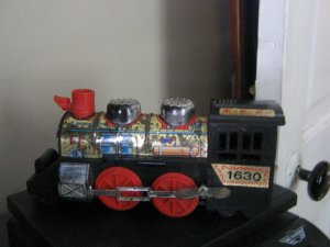 1960s - 1970s Kanto Toys Mechanical Wind Up Train Engine #600562