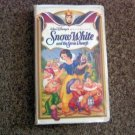 Snow White and the Seven Dwarfs (Walt Disney's Masterpiece) VHS Video #600592