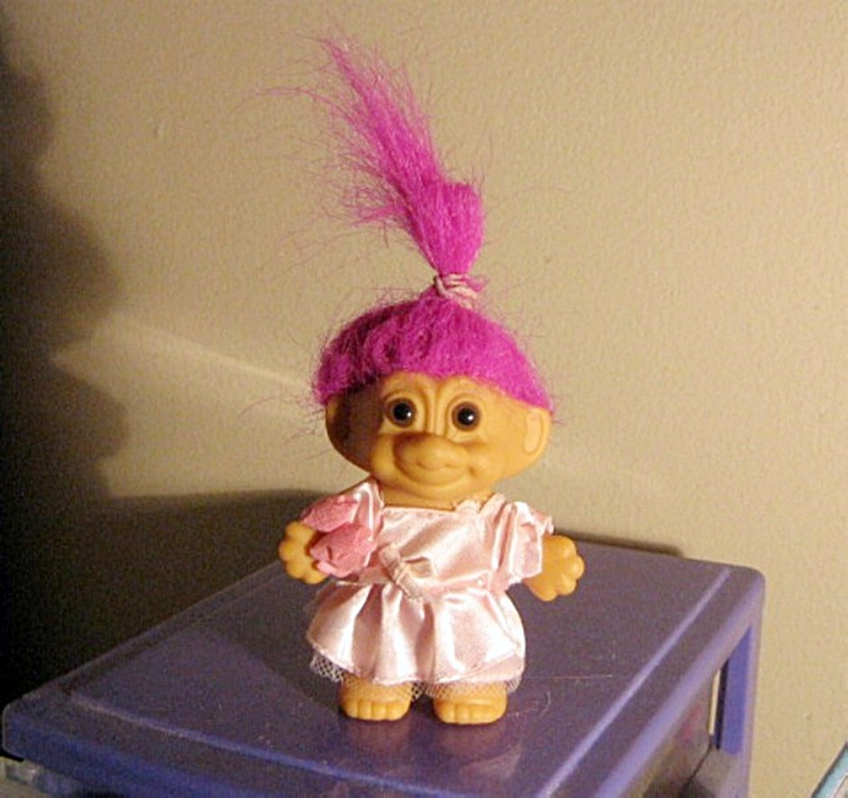 "3"" Russ Troll Doll In Pink Dress With Fushia Hair #600520"