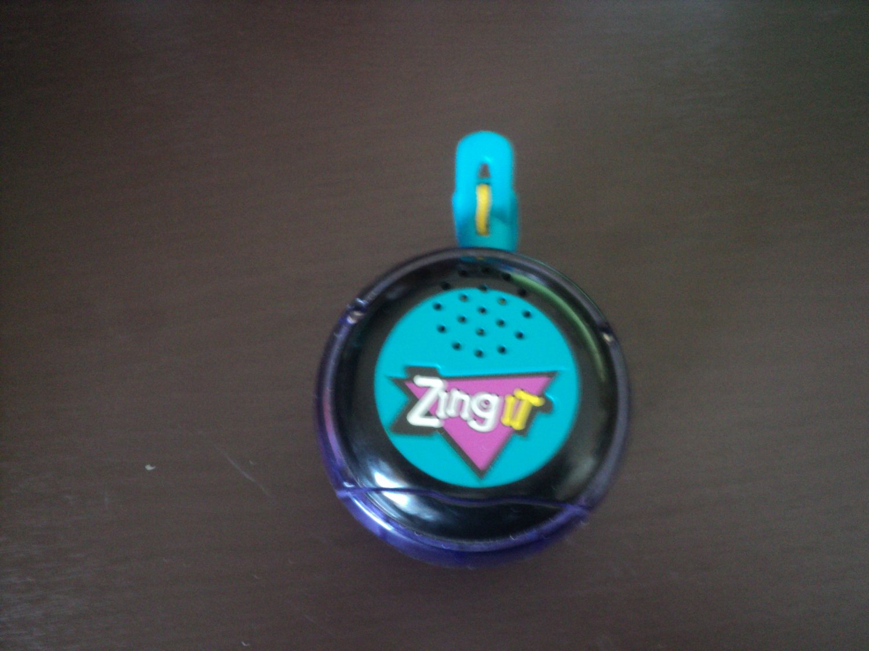 Hasbro Zing It Handheld Electronic Talking Game YoYo #600042