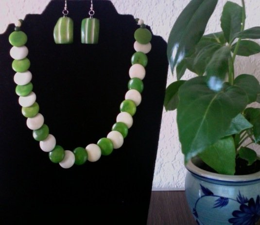 Necklace & Earrings Circle- Olive Green & Ivory