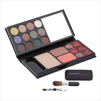 BEAUTY-TO-GO COSMETIC KIT