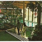 PLYMOUTH HILTON INN MICHIGAN YOUNG COUPLE ATRIUM SWIMMING POOL 891