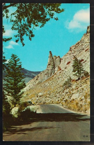 Eagle Nest Rock Gardner Canyon Yellowstone National Park Chrome Postcard 1192