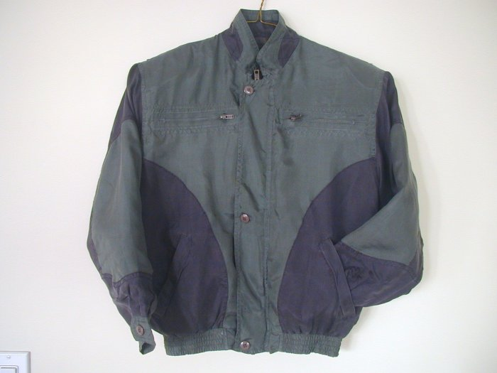 Boy's Green Silk Jackets (M, Item#503)