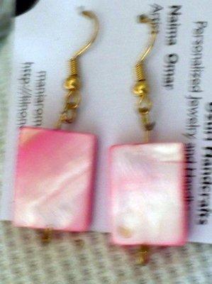 pink rectangular shell earrings