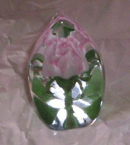 Maleras Lead Crystal Paperweight with Pink Rose