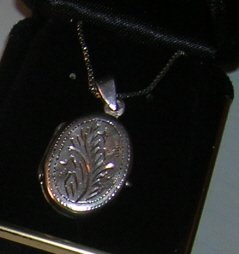 "Sterling Oval Locket on 18""chain"