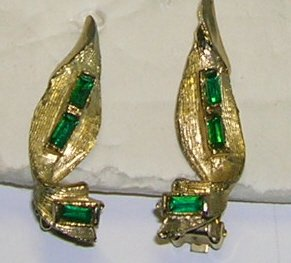 Vintage Goldtone with Green Rhinestone Clip on Earrings