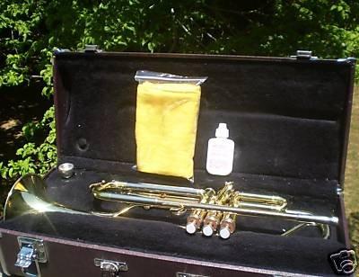 Yamaha Trumpet YTR 2320