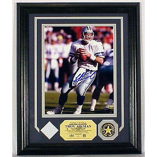 Troy Aikman Autographed G.u. Jersey Photo Mint