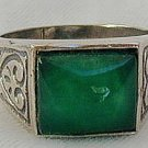 A green agate  man ring