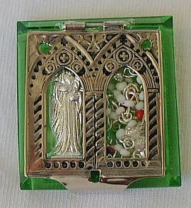 Mini peridot Rosary box