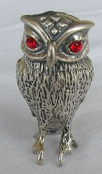 Owl miniature