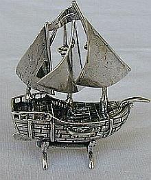 Ship miniature