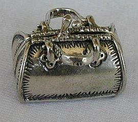 Dr's bag silver miniature
